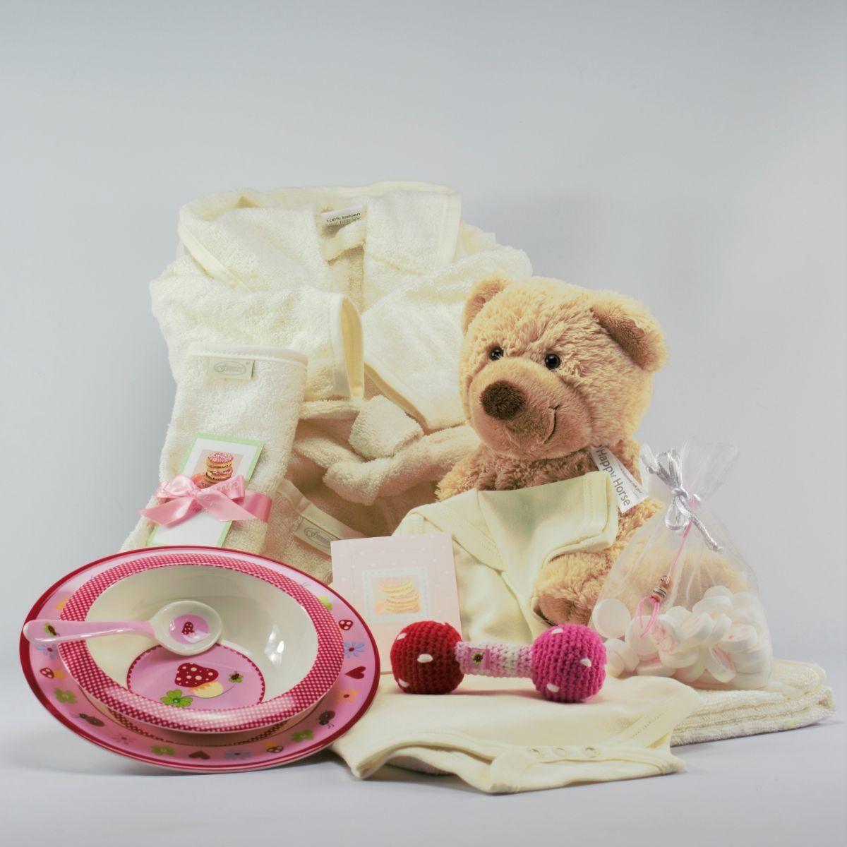 baby kado pakket aandoenlijk meisje ecru